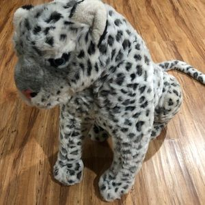 "25"" sitting snow leopard plush beauty"
